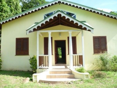 2 Beddroom house for sale in Soufriere